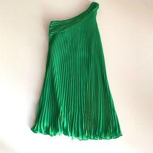 One-shoulder Green Dress